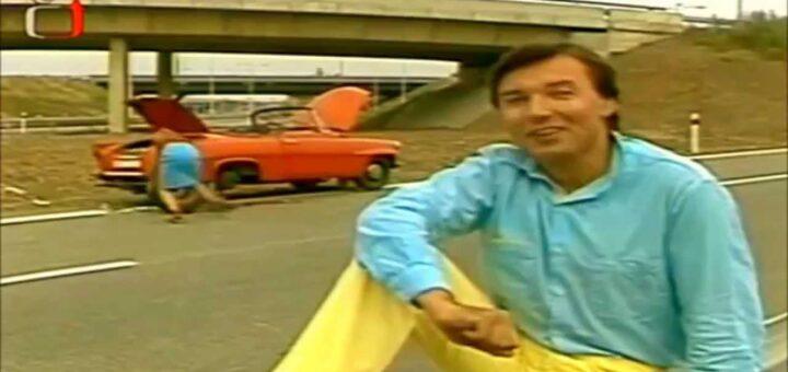"Screenshot of Karel Gott's ""Dívka zavodník"" video"